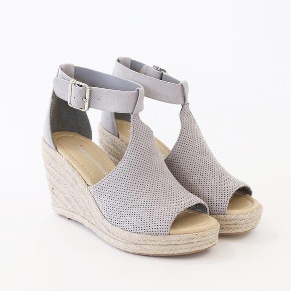 24696b7ba82 cashier gray espadrille wedge sandal